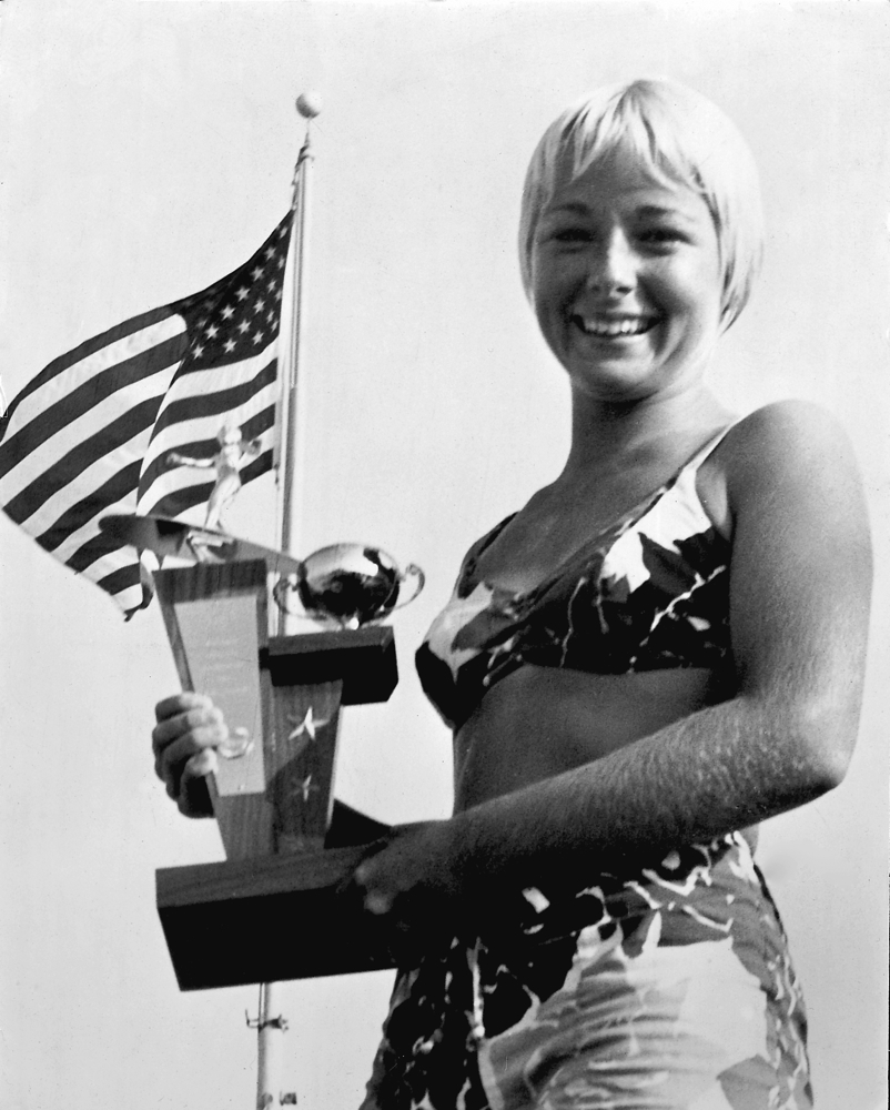 Linda-Benson-1960-First-Place-Trophy-West-Coast-Championships-Huntington-Beach-California